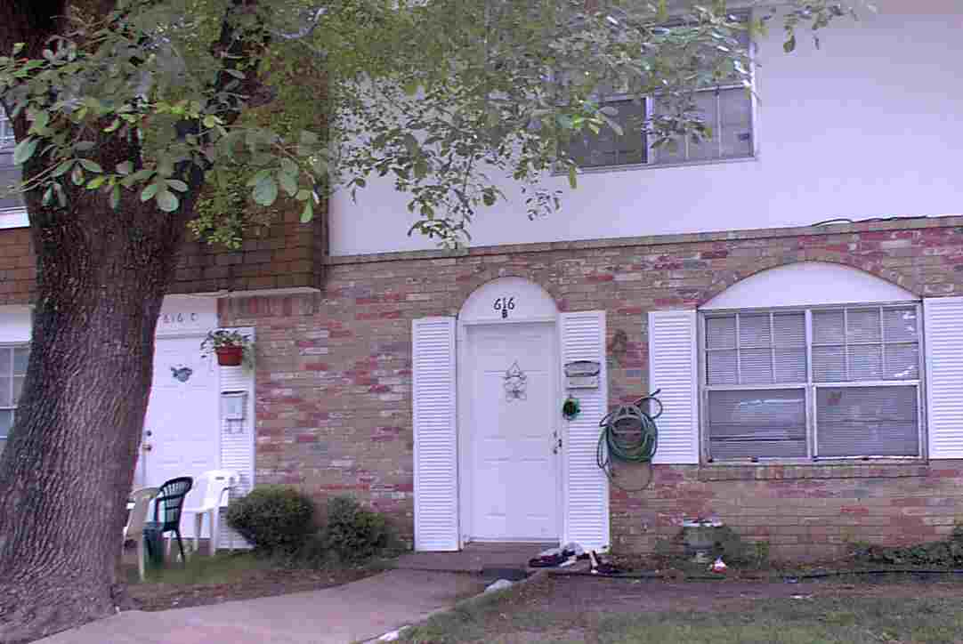 Townhouse For Lease 616 Moore St Apt B Garland TX 75040